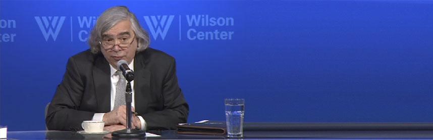 Secretary of Energy Ernest Moniz Soft on Hydrogen